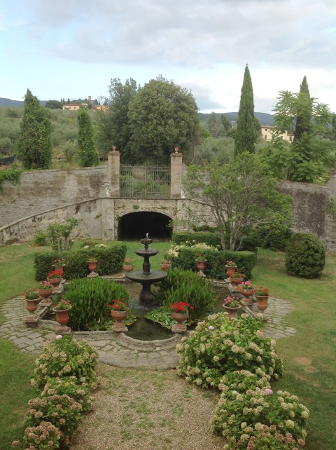 tuscany fountain